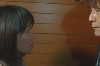 ヘンリー塚本動画 加藤鷹 昔の恋人が突然家にやってきて拒む妻、だが体は覚えてる