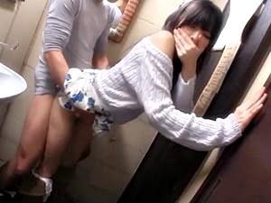 【さくらゆら】フェラもマンコも拒否権無しの即ハメ企画!、ロケ車でトイレで所かまわずハメ倒し!