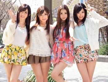 夢の様なホントの話!美人AV女優4人と5Pセックス!挿入・クンニ・手マン×2が同時進行できる!?