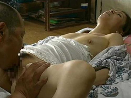 【ヘンリー塚本】余命僅かの妻と最後の中出しSEX…⇒翌日娘とも近親相姦SEXしてて何かもうカオス状態www