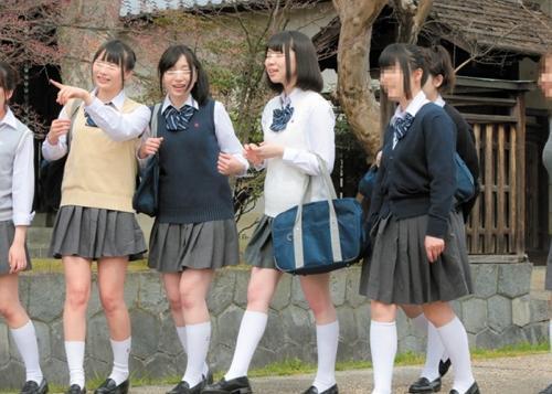 【JKレイプ】この後悲劇が起きることを知らない修学旅行中の女子校生!