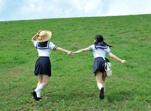 デカ尻爆乳女子校生とハメまくる夏休み!