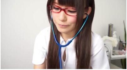 【小西まりえ】メガネの美人ナースの検診フェラ