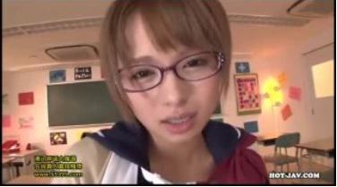 【星美りか】教室で手マンで乱れる美少女