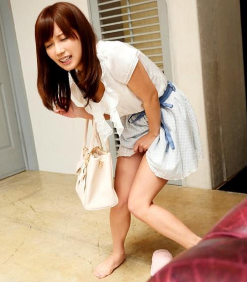 こじみなにアクメパンティを履かせてみました!!感度抜群の彼女は、着用しただけでビクンビクン反応