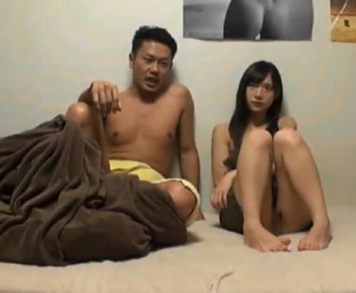 【中出し】ナンパが得意な男優に協力してもらい清楚系美女をゲット!