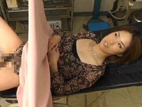 【アダルト無料動画】【中出し】妊娠検査のはずが・・・悪徳産婦人科医にチンポを挿入され種付けされる新婚奥様