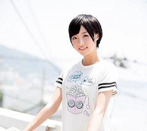超逸材の美少女を発掘!福岡の港町から来た18歳・ほぼ処女の女子大生をAVデビュー!