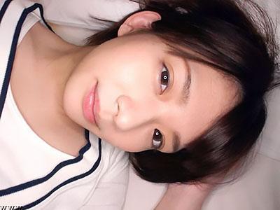 『早くおちんちん頂戴♥♥』クラスで評判の激カワな美少女JKはオナ二ー大好きで、呼び出して旅館でヤリまくりww