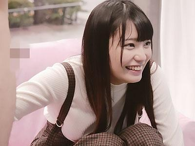 【素人ナンパ企画】優しい未来の巨乳のナースが、二人きりなると優しく手コキ!!
