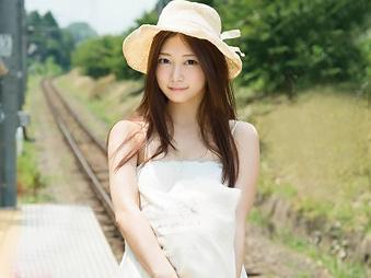 「熊本から来ました!!」遠くからからきたFカップの美少女の、初めて体験の東京めぐり!!