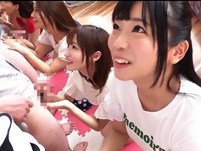 「おちんちん、かた~い♡♡」人気女優が集合で感謝祭、推しメンへの愛を試すフェラ我慢対決!!