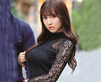 【熱愛スキャンダル】人気実力ともにNO.1国民的AV女優が、プライベートSEXを盗撮される!!