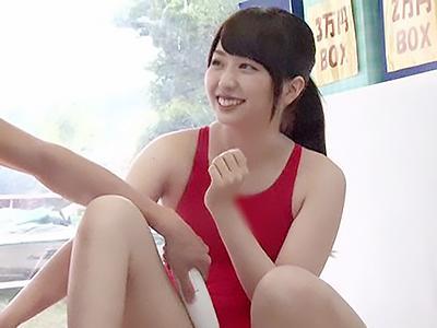 『やだぁ、恥ずかしい♥♥』夏合宿にやって来た大学の水泳部が、エッチなゲームで禁欲生活の影響で性欲が爆発ww