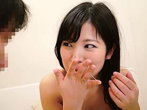 『エッチ気持ち良かった?♥♥』綺麗な人妻が童貞君やさしくリードして勃起させて、生マ○コで筆おろしSEX!!