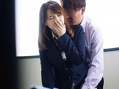 「はぁん、気持ちいい~~♡♡」社員の恋愛を応援する企画を始動で、男性社員が社内で女性に猛アタック!!