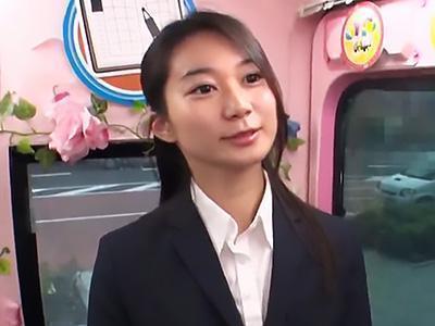 【素人ナンパ企画】初めての公開オナニーに赤面する清楚な黒髪美人OL!!