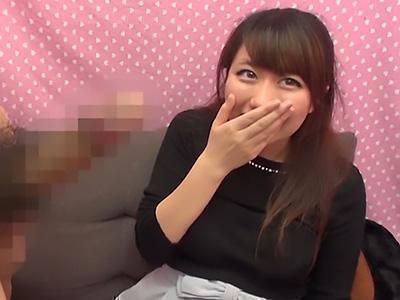 【素人ナンパ企画】『おちんちん、おっきい♡♡』スレンダーな激カワな美少女にデカチン見せつけた!!