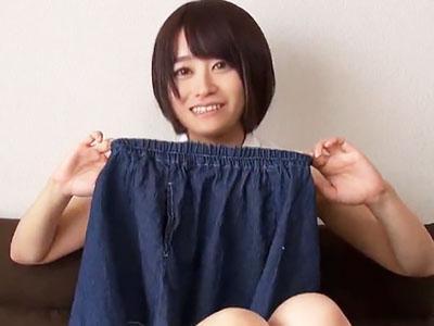 「こんなの着れないですよ♡♡」綺麗なお姉さんにファンシー服を着させて羞恥の着衣SEX!!