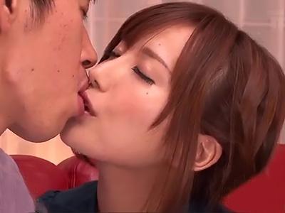 「いやらしいキスだね♡♡」美少女の濃密キスでフル勃起で、チンポをフェラで手コキで射精させられる!!