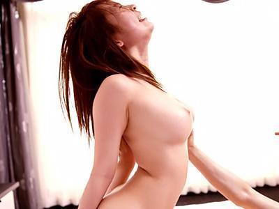 「ああん♥イグイグッーーッ!!」激カワな巨乳の美少女が、ベロキスしながら性器をぶつけ合う本気の性交!!