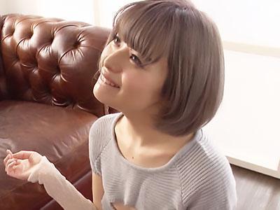 『緊張してます♡♡』華奢なスレンダーなショートカット美少女が恥じらいデビュー!!