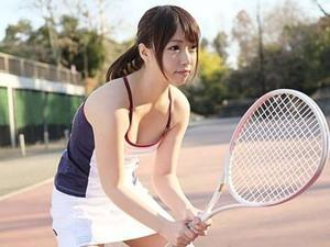 「私でいいのかな♡♡」テニスサークル所属の激カワ女子大生と家飲みで、口説いてハメ撮りww