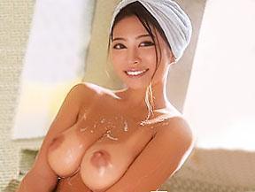 『おっぱい、でけえぇぇww』日焼け美少女と、日帰り温泉旅行でヤリまくる!!