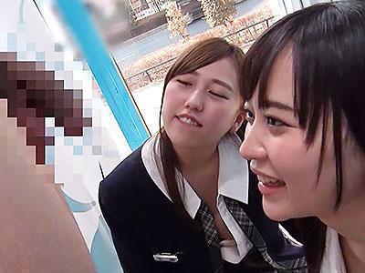 「ああん♥恥ずかしい♥♥」ウブな激カワ美少女JKが、大人チンコに驚くも舐めたりしてエッチしちゃうww