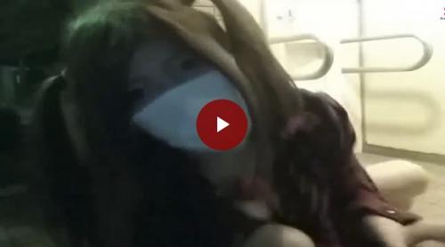【個人撮影】夜の公園トイレでオマンコ丸出しディルドオナニー