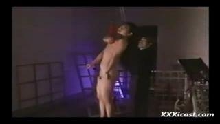 【紺野霧子】巨乳を縛られ乳房で宙吊り