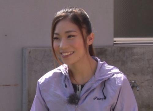 負けたら即妊娠!現役女子プロレスラー『愛弓』が危険日に勃起したガチムチ男とガチ対決!