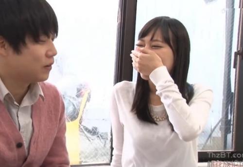 【モニタリング】『うそ…本当にする気//?』女子大生の姉が弟の友達と1発10万円の童貞筆おろしミッション!