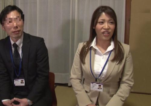 【モニタリング】社員研修中の上司部下の男女が同僚の目の前でSEXできたら30万円!ガチ交渉した結果w