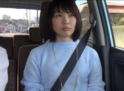 寿退社でAV会社を辞める制作部の女子社員が最後に自ら参加した『人妻湯恋旅行』