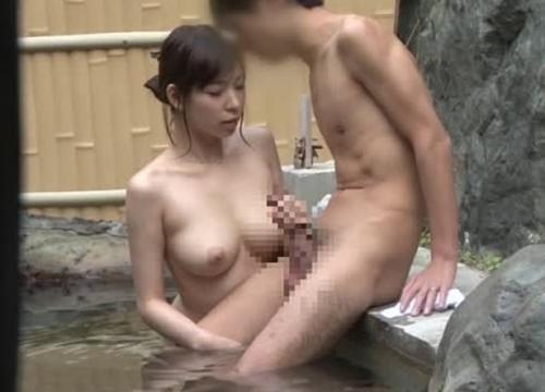 【素人モニタリング】いきなり全裸でご対面!「混浴モニター」のアルバイトで集まった初対面男女を2人きりにした結果…