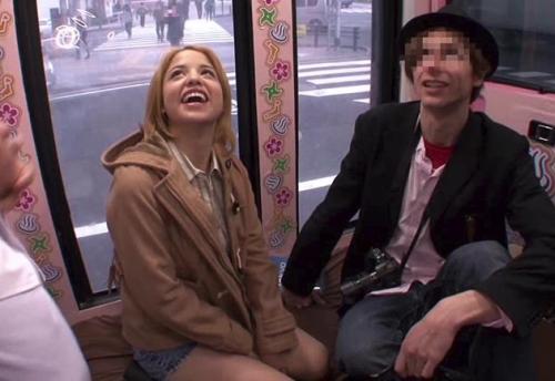 【素人ナンパ】『Youは何しに日本へ?』例の番組を装って米国人カップルの彼女を寝取って中出しwwww