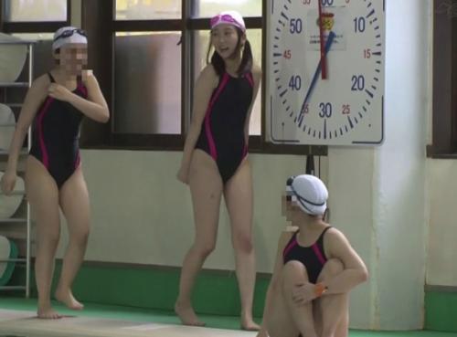 水泳教室で女子中学生を死角に連れ込んで中出しレイプ!媚薬バイブで精子に蓋をする鬼畜映像