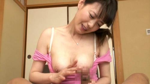 【三浦恵理子】ボクのママはH!いつもチンコを気持ちよくしてくれて、今日は朝フェラwww