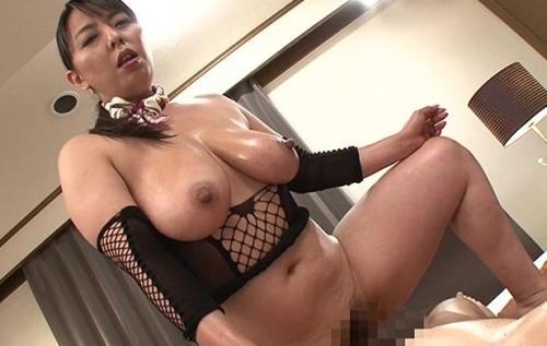 【村上涼子】爆乳テクニシャンによる中出しOKの性感マッサージ!もはや風俗www