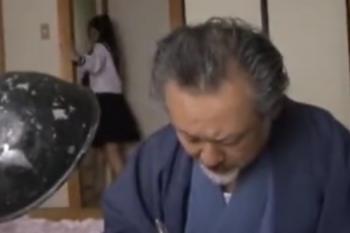 ヘンリー塚本動画 孫がジイジイと一線超えてエッチする為、猛ダッシュ!