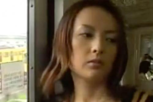 ヘンリー塚本動画 電車であったイケメンおじさんとホテルでフォーリングラブ