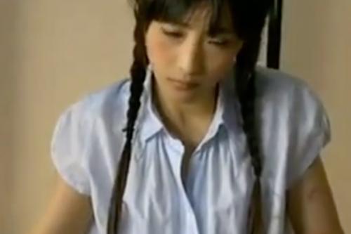 ヘンリー塚本動画 発情期のJK娘を畳の上で和式レ●プ