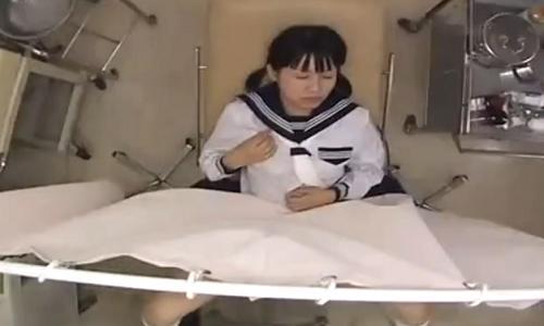 【女子高生】産婦人科で少女たちが変態医師の陵辱行為により犯されていく・・・【悪徳医師】