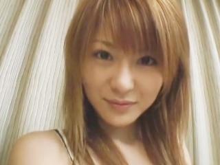 小沢菜穂 ホテルにしけこんで固定カメラで撮られながらイチャラブSEXするお姉さん