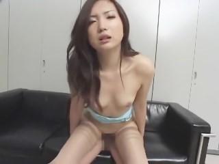 佐々木香里奈 スレンダーな美ボディを3P輪姦FUCKで玩具にされる美少女OL