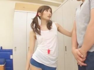 絵色千佳 淫語を囁きながらM男生徒をドSに犯す美人教師
