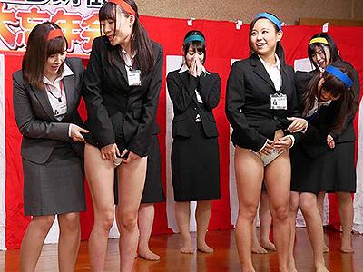 【SOD女子社員】選りすぐりの美人社員と破廉恥すぎる忘年会!会場に着くなり始まる羞恥プレイに赤面しちゃう彼女たちw