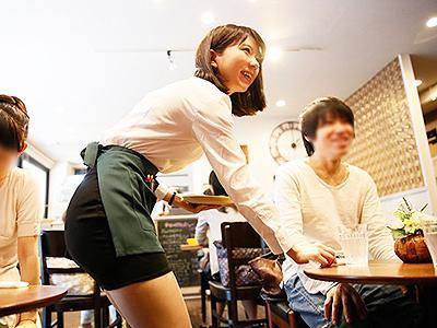 【素人ナンパ】噂になるほどの美少女カフェ店員を口説き落として家に連れ込むことに成功!もちろんエッチな展開に持っていき…w