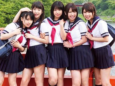 【jkハーレム】ロリ可愛い少女たちとの6Pセックスでおっさんのザーメン枯渇寸前w 愛須心亜